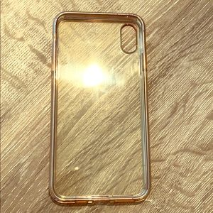 Used IPhone XS Max Rose Gold/ Clear phone case